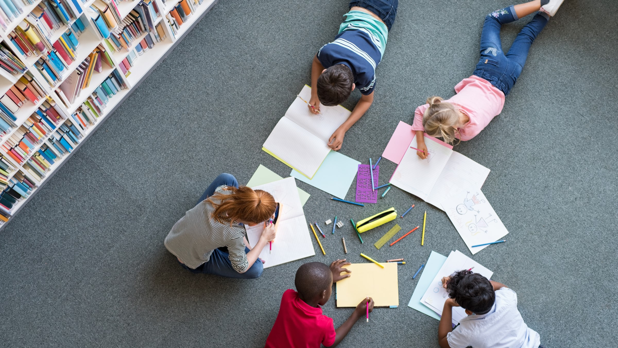 Children drawing at library